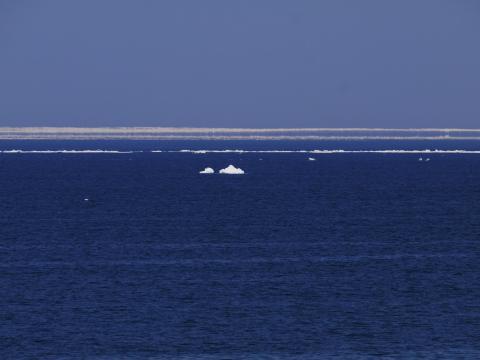 オホーツク海の幻氷(流氷の蜃気楼)